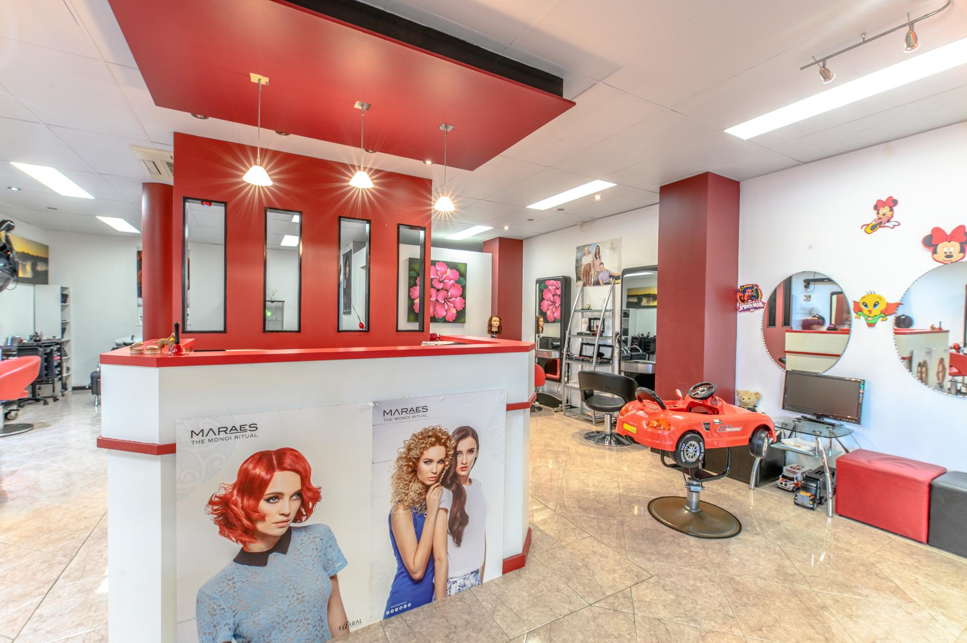 Salon in North Beach